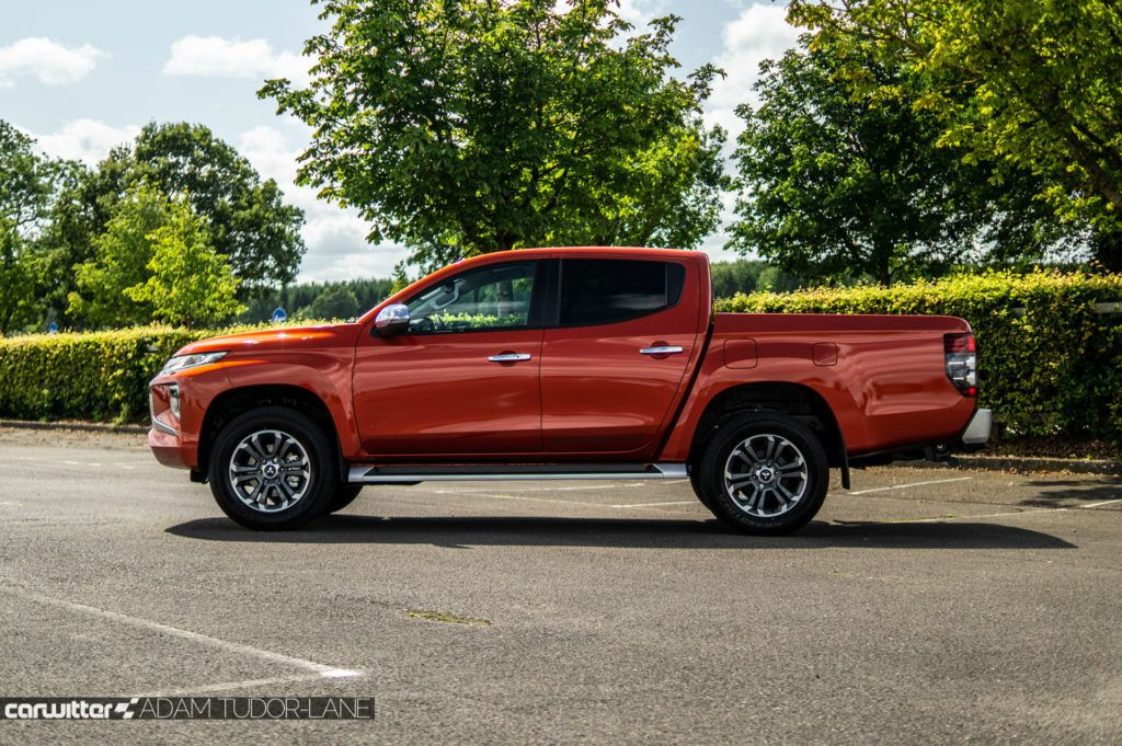 2019 Mitsubishi L200 Series 6 Review Side carwitter 1024x681 - Mitsubishi L200 Series 6 Review - Mitsubishi L200 Series 6 Review