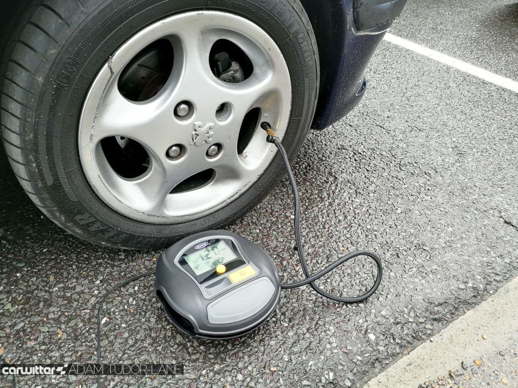 Ring RTC1000 Rapid Digital Tyre Inflator Review 002 carwitter 1024x768 - Ring RTC1000 Rapid Digital Tyre Inflator Review - Ring RTC1000 Rapid Digital Tyre Inflator Review