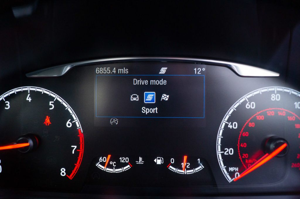 2019 Ford Fiesta ST2 Review Driving Modes carwitter 1024x681 - Ford Fiesta ST Performance Pack Review (2019) - Ford Fiesta ST Performance Pack Review (2019)