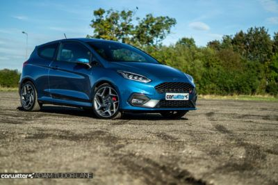 2019 Ford Fiesta ST2 Review Front Angle carwitter 400x266 - Ford Fiesta ST Performance Pack Review (2019) - Ford Fiesta ST Performance Pack Review (2019)