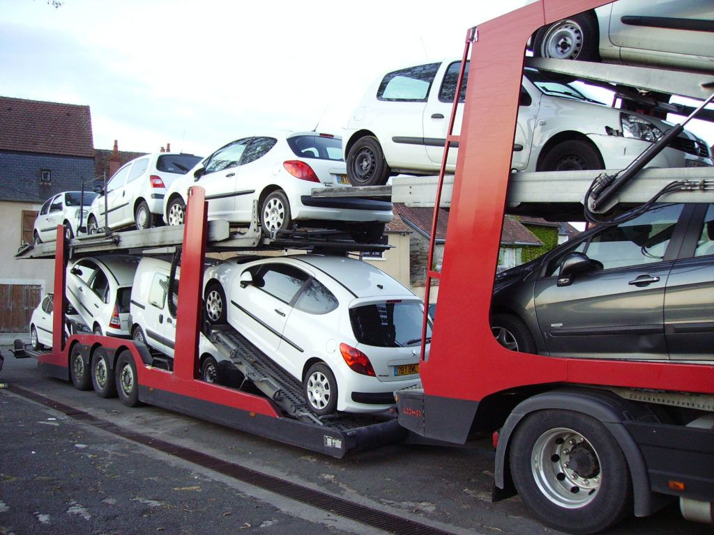 Car Transporter carwitter 1024x768 - 3 Reasons Why Shipping Your Car is a Good Idea - 3 Reasons Why Shipping Your Car is a Good Idea