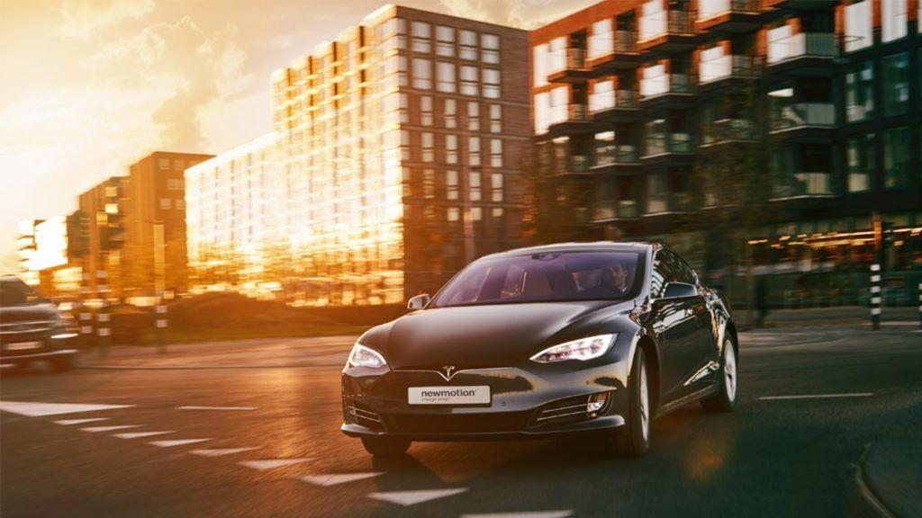 NewMotion EV Charging Tesla carwitter 1024x576 - NewMotion makes workplace EV charging simple - NewMotion makes workplace EV charging simple