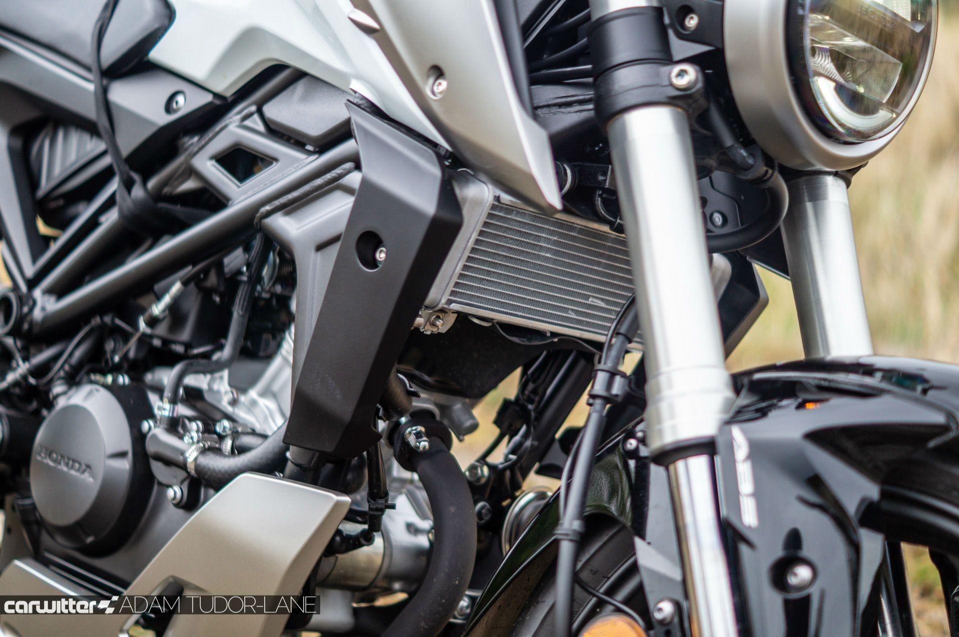 Honda Cb125r Review Carwitter
