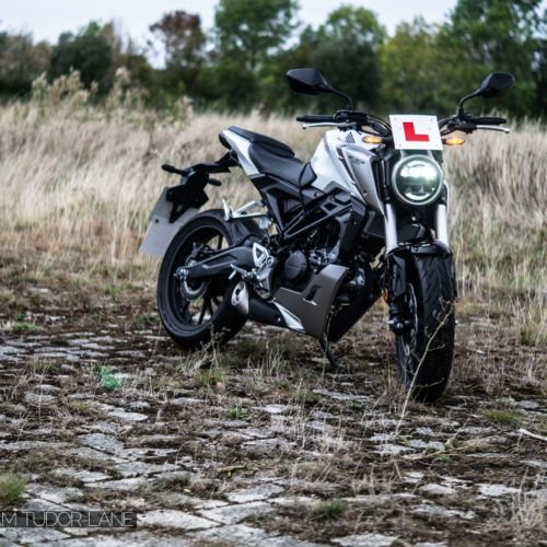 2019 Honda CB125R Review 007 carwitter 500x500 - Honda CB125R Review - Honda CB125R Review