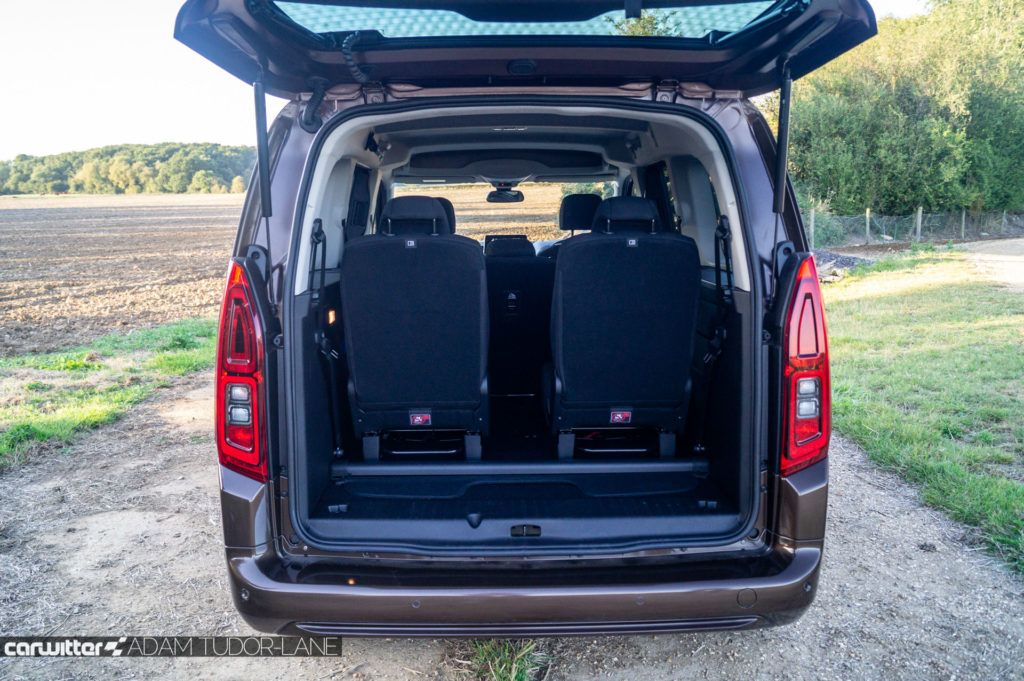 2019 Vauxhall Combo Life Review Boot Space 2 carwitter 1024x681 - Vauxhall Combo Life 7 Seater Review - Vauxhall Combo Life 7 Seater Review