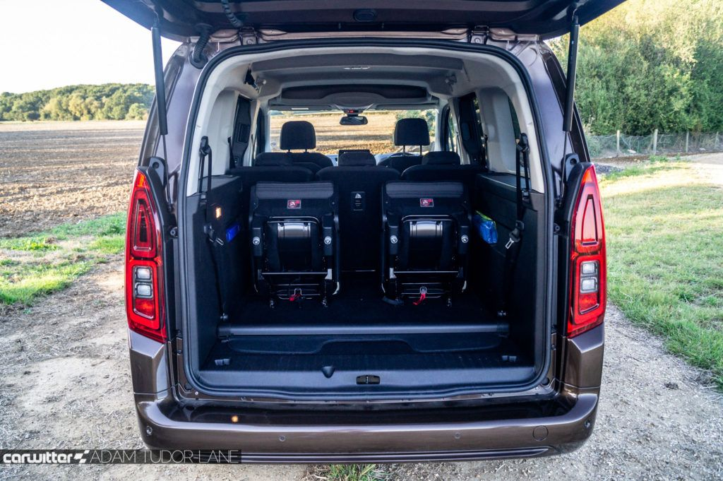 2019 Vauxhall Combo Life Review Boot Space carwitter 1024x681 - How To Choose The Right Car For Your Family - How To Choose The Right Car For Your Family
