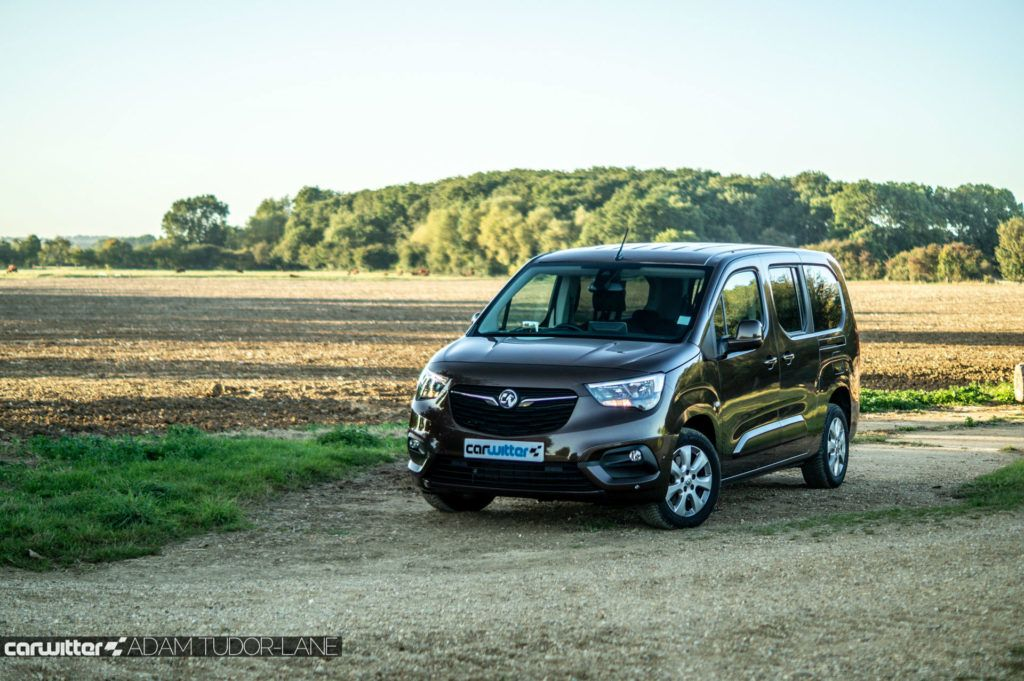2019 Vauxhall Combo Life Review Front Angle Scene carwitter 1024x681 - Vauxhall Combo Life 7 Seater Review - Vauxhall Combo Life 7 Seater Review