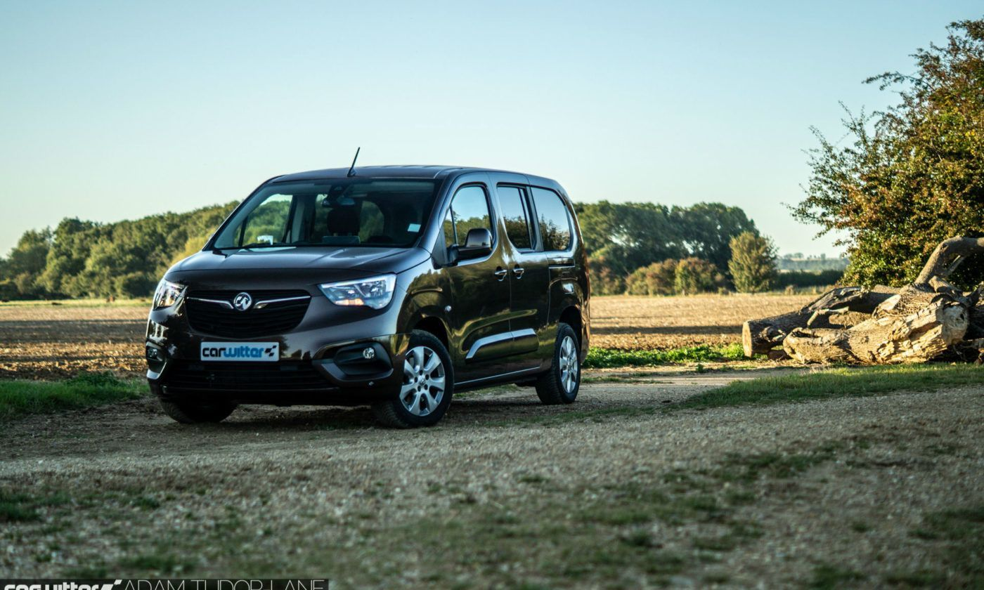 2019 Vauxhall Combo Life Review Front Scene carwitter 1400x840 - Vauxhall Combo Life 7 Seater Review - Vauxhall Combo Life 7 Seater Review
