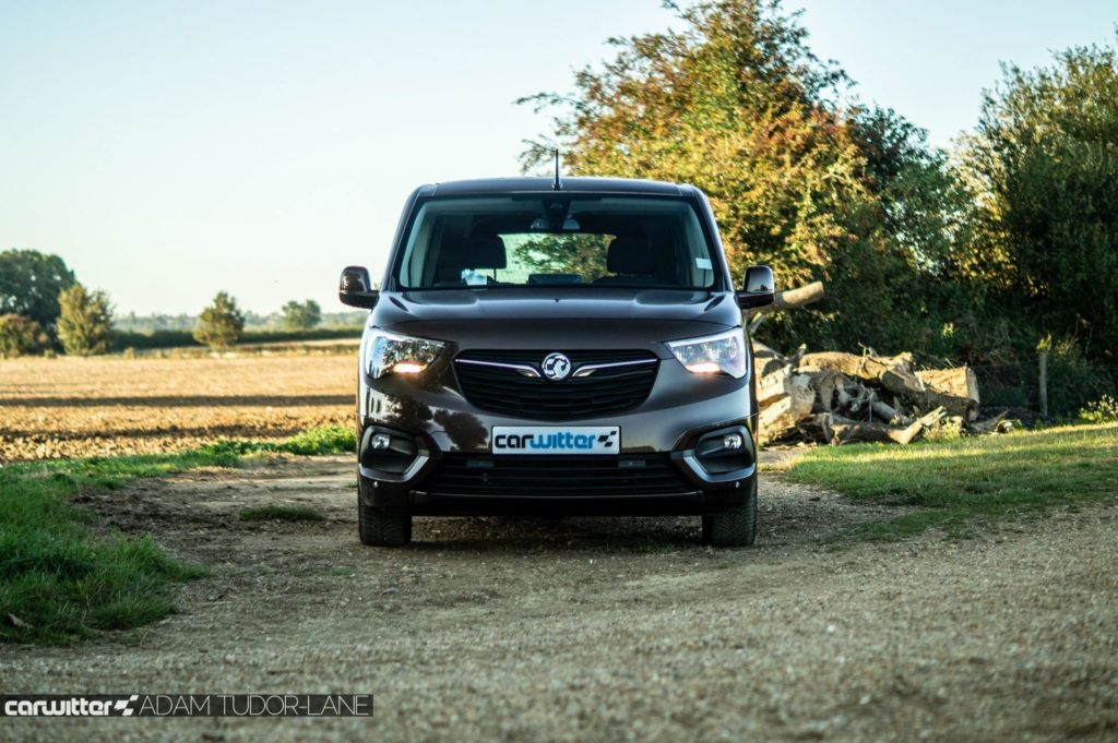 2019 Vauxhall Combo Life Review Front carwitter 1024x681 - Vauxhall Combo Life 7 Seater Review - Vauxhall Combo Life 7 Seater Review