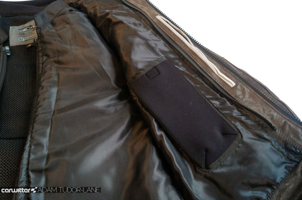 Helite Leather Roadster Airbag Jacket Review 019 carwitter 1024x681 - Helite Leather Roadster Airbag Jacket Review - Helite Leather Roadster Airbag Jacket Review