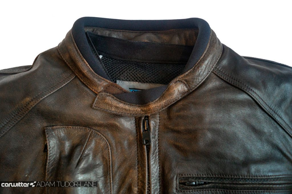 Helite Leather Roadster Airbag Jacket Review 022 carwitter 1024x681 - Helite Leather Roadster Airbag Jacket Review - Helite Leather Roadster Airbag Jacket Review