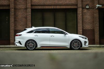 2019 KIA Proceed GT Review Side On carwitter 400x266 - Kia Proceed GT Review - Kia Proceed GT Review