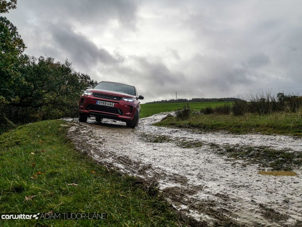 2019 Land Rover Discovery Sport Review Off Road 2 carwitter 1024x768 - Land Rover Discovery Sport Review - Land Rover Discovery Sport Review