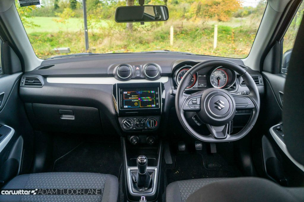 2019 Suzuki Swift Attitude Review Dashboard Interior carwitter 1024x681 - Suzuki Swift Attitude Review (2019) - Suzuki Swift Attitude Review (2019)