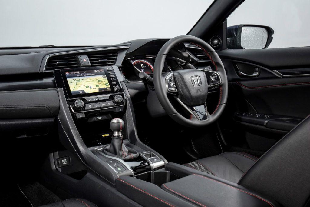 2020 Honda Civic Sport Line Review Steering Wheel carwitter 1024x683 - Honda Civic Sport Line Review - Honda Civic Sport Line Review