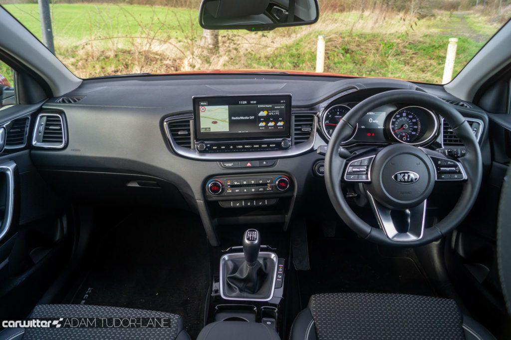 2020 Kia XCeed 2 1.6 Diesel Review Dashboard Inerior carwitter 1024x681 - Kia XCeed Review - Kia XCeed Review