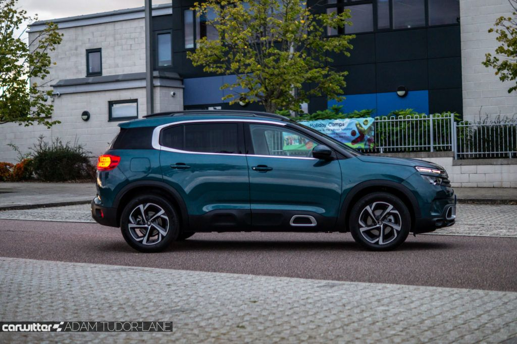 Citroen C5 Aircross Review Side carwitter 1024x681 - Citroen C5 Aircross Review - Citroen C5 Aircross Review