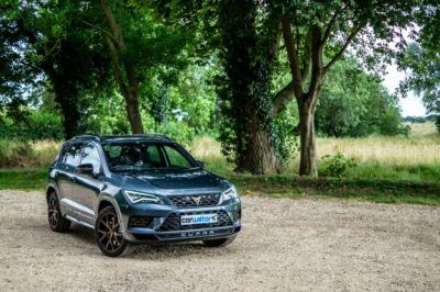 2019 CUPRA Ateca Review Front Angle Scene carwitter 400x266 - Cupra Ateca Review - Cupra Ateca Review