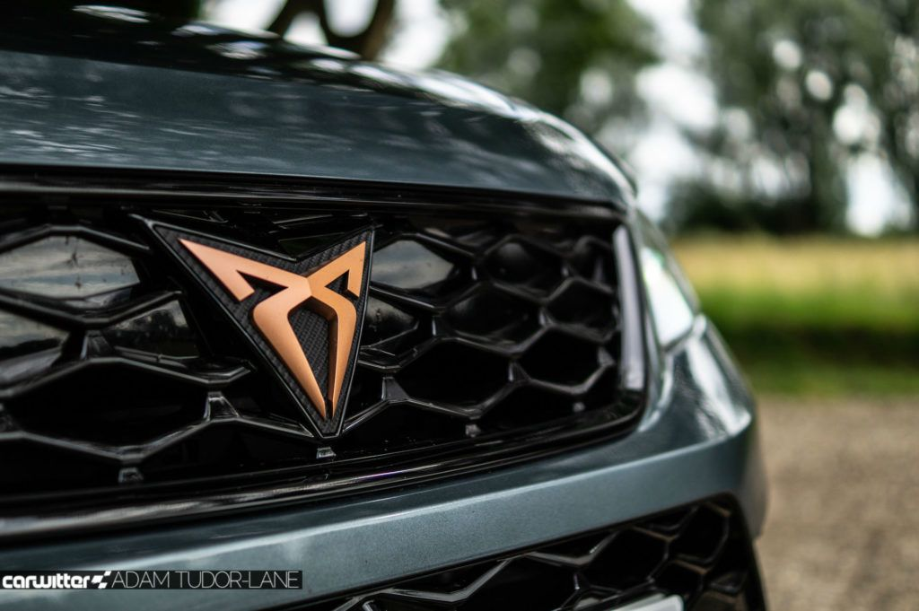 2019 CUPRA Ateca Review Front Badge carwitter 1024x681 - Cupra Ateca Review - Cupra Ateca Review