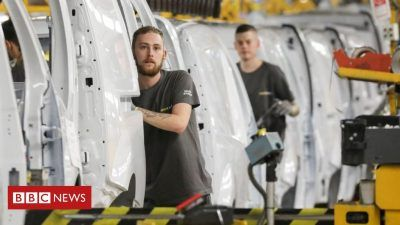 112549837 gettyimages 1059067504 5ZeZVY 400x225 - Renault cuts 15,000 jobs in major restructuring - Renault cuts 15,000 jobs in major restructuring