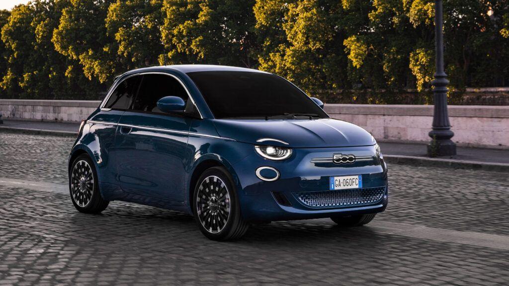 New Fiat 500 hatchback 8 hqw1TA 1024x576 - New 2020 Fiat 500 hatchback revealed – supermini goes all-electric | Evo - New 2020 Fiat 500 hatchback revealed – supermini goes all-electric | Evo