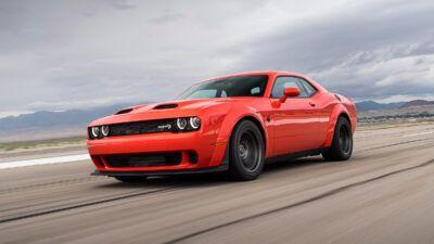 DG020 167CLsreck5emjm3o395gfvk2rfuvso 6xq0wI 400x225 - 2021 Dodge Challenger SRT Super Stock revealed | Evo - 2021 Dodge Challenger SRT Super Stock revealed | Evo